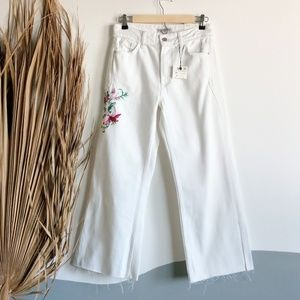 NWT Zara White Floral Embroidered Wide Leg Jeans